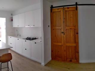 VIVIENDA J&C. Ruzafa, Valencia. Casas de estilo escandinavo de studioLARQ - Luis Portero, arquitecto - ARQUITECTURA | INTERIORISMO Escandinavo