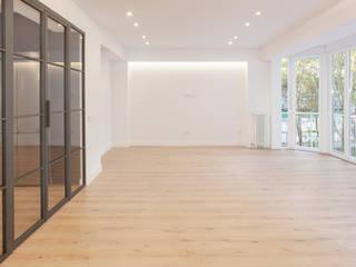 Proyecto integral en la calle Padre Damian WINK GROUP Salones de estilo moderno