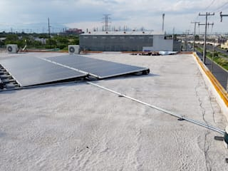 インダストリアルなイベント会場 の e21 : expertos solares インダストリアル