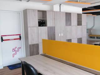 Mobiliario para Oficinas, Módulos de Trabajo, Lockers en Madera de JAIRO MARTINEZ CARPINTERÍA ARQUITECTÓNICA SAS Moderno