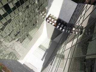 Escritórios - Torres VBC em Maputo Escritórios modernos por Arqsize Moderno