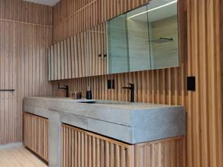 現代浴室設計點子、靈感&圖片 根據 AMID 現代風
