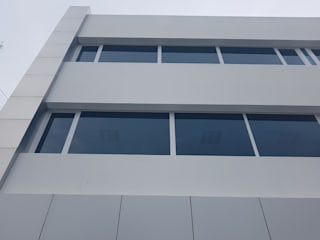 Ventanamex Modern office buildings Plastic White