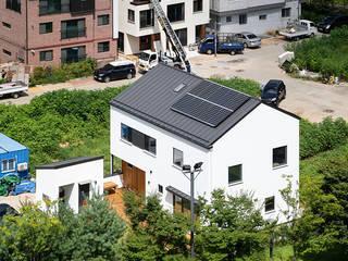 쉴만한물가 모던스타일 주택 by 소하 건축사사무소 SoHAA 모던