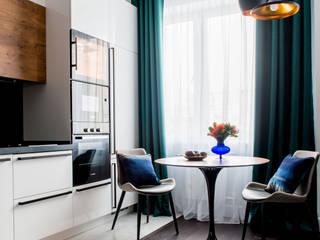 Малахитовая шкатулка Кухня в стиле минимализм от Наталья Преображенская | Студия 'Уютная Квартира' Минимализм