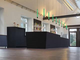 Hammer & Margrander Interior GmbH Gastronomia in stile moderno