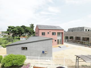 by 소하 건축사사무소 SoHAA
