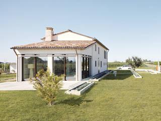 Casa MT di Zoli Gian Luca Minimalista
