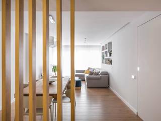 Vivienda Casa Alemania Pasillos, vestíbulos y escaleras de estilo moderno de Destudio Arquitectura Moderno