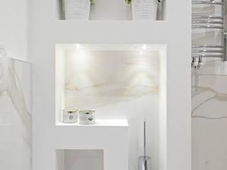 Minimalistische Badezimmer von Luca Bucciantini Architettura d' interni Minimalistisch
