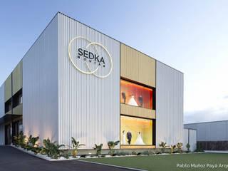 Sedka Novias Oficinas y tiendas de estilo minimalista de Pablo Muñoz Payá Arquitectos Minimalista