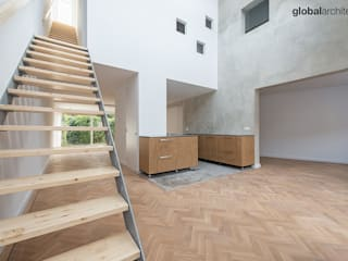 HOUSE IN A HOUSE is the sustainable renovation of a terraced house from the 1980s in Wassenaars Spinbaanquarters. Our design challenge was to transform the dated and cramped residence into a bright, modern space with character. van Global Architects BNA