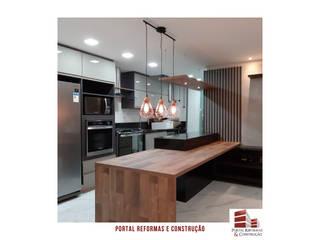 APARTAMENTO VILA OLÍMPIA Cozinhas modernas por Portal Reformas & Construção Moderno