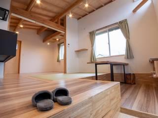 万斛の白い屋根の10坪の家 の 新田建築設計室