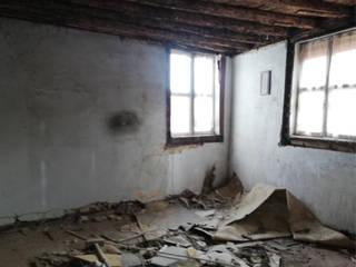 Reabilitação de apartamento T5 com Suite, na Covilhã por Grupo Prummo