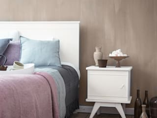 Modern style bedroom by Pure & Original Modern