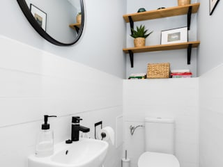 Scope Interior Design Piotr Skorupa Scandinavian style bathroom Wood White