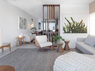 MOSTRA MURANO Salas de estar minimalistas por arquiteta aclaene de mello Minimalista