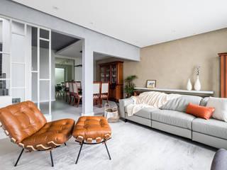 Casa - Reforma Área Social Integrada e Contemporânea por Mirá Arquitetura