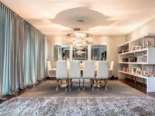 Proyecto de Decoración de Salón en chalet particular en Sevilla Salones de estilo moderno de Antonio Calzado 'NEUTTRO' Diseño Interior Moderno