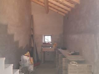 Para Venda: Moradia alentejana T2 com traça rústica completamente reconstruída em Borba por C&L Mediação Imobiliária, Consultoria e Certificação Energética Rústico