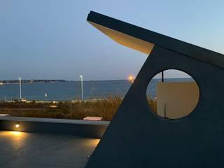 Modern balcony, veranda & terrace by ibedi laboratorio di architettura Modern