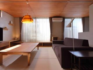 緑箱の家 モダンデザインの リビング の 田村の小さな設計事務所 モダン