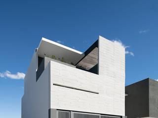 Casas de estilo minimalista de Nova Arquitectura Minimalista