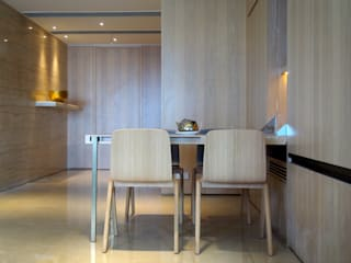Private Residence | Celestial Heights | Ho Man Tin, Hong Kong Minimalist dining room by KMok Consulting Limited Minimalist
