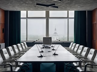 Офис компании Славкалий в Минске Офисные помещения в эклектичном стиле от Indigo Design Эклектичный