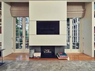 London_01 Soggiorno minimalista di Sebastiano Canzano Architects Minimalista