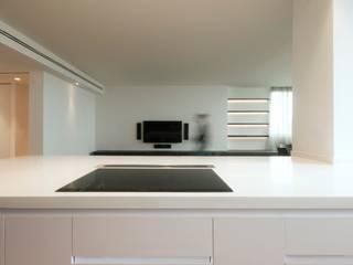 Flat_01 Cucina minimalista di Sebastiano Canzano Architects Minimalista