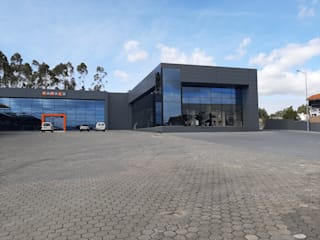 Edificio Industrial/Comercial NOMACO, Lourosa, Sta Maria Feira por rem-studio