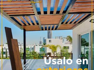 Pergolas con Duelatec Elegance, duelas de acero con textura madera de la Familia Lamitec Balcones y terrazas modernos de Lamitec SA de CV Moderno