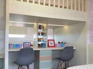 Quarto meninas por Larissa Minatti Interiores Moderno