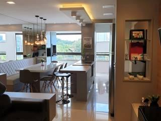 Apartamento em Joinville Salas de estar modernas por Larissa Minatti Interiores Moderno