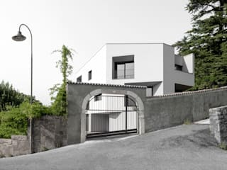 Modern houses by raro Modern
