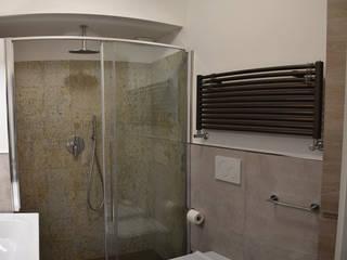 Bagni d'autore per uno degli ambienti più importanti della casa Bagno moderno di Ma.Ni. Ristrutturazioni Moderno