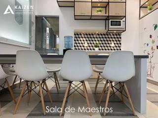 KAIZEN ARQUITECTURA Y CONSTRUCCION Ruang Studi/Kantor Modern