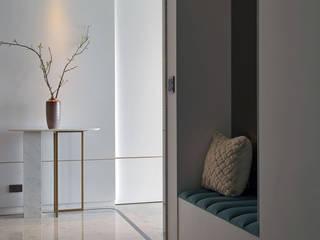 JR House 現代風玄關、走廊與階梯 根據 天境空間設計有限公司 現代風