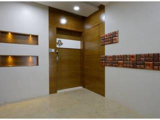 Spacemekk Designers p.LTD Classic style doors Wood Wood effect