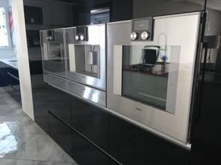 by MKD Magnificent Kitchen Designs (Pty)Ltd Modern