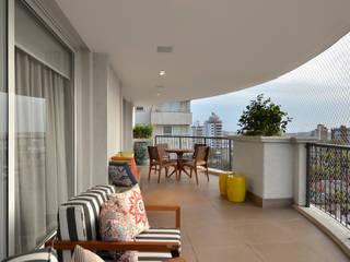 Living - Ambiente estar e jantar por Carolina Burin & Arquitetos Associados Moderno