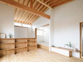 枚方の家2 北欧デザインの リビング の a.un 建築設計事務所 北欧
