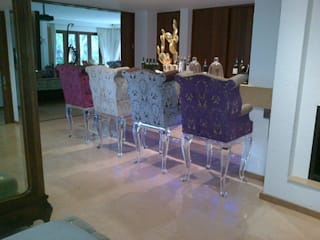 Osk Queen Anne Chesterfield bar stools: eclectic  by BI-Dsign, Eclectic