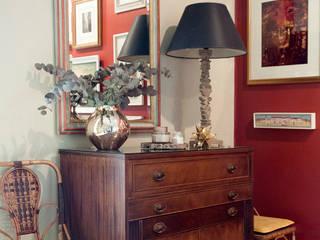 Eclectic Flat in Gracia Salones de estilo ecléctico de Studio Alis Ecléctico