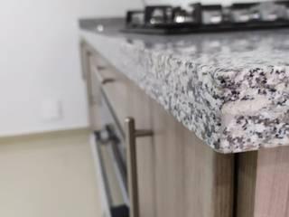 Cocina Integral Lineal de G&T Arquitectos sas Clásico Madera Acabado en madera