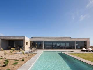 Casa PI Balcones y terrazas modernos de BGA Moderno