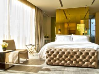 Hotel BOG - Año 2012 de Laminados y Blindados Moderno