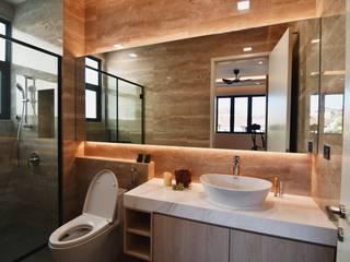DOUBLE STOREY HOUSE @ BANDAR KINRARA, PUCHONG MDD DESIGN SDN BHD Modern style bathrooms